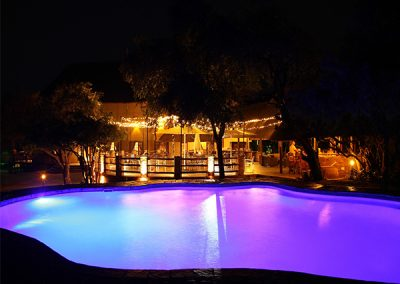 Boma lapa at night